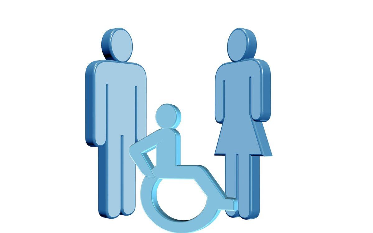 Obraz przedstawia postać człowieka poruszającegocą sie na wózku inwalidzkim oraz dwie postaci stojące obok.